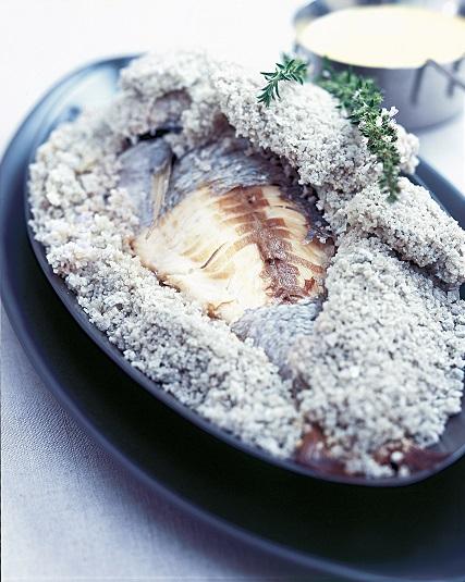 Dorade en cro te au gros sel gris de gu rande le grand - Desherber au gros sel ...