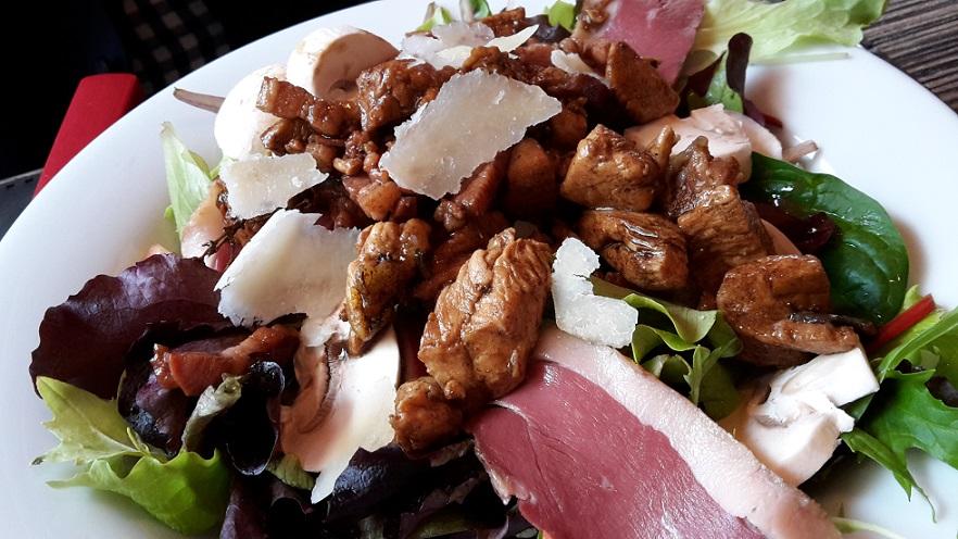 table a deniz salade