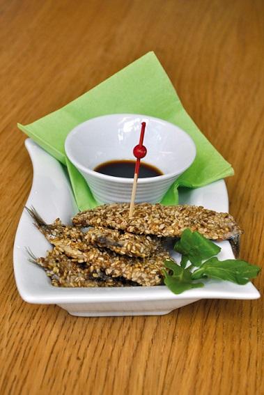 filets d'Anchois frais en croute de sésame