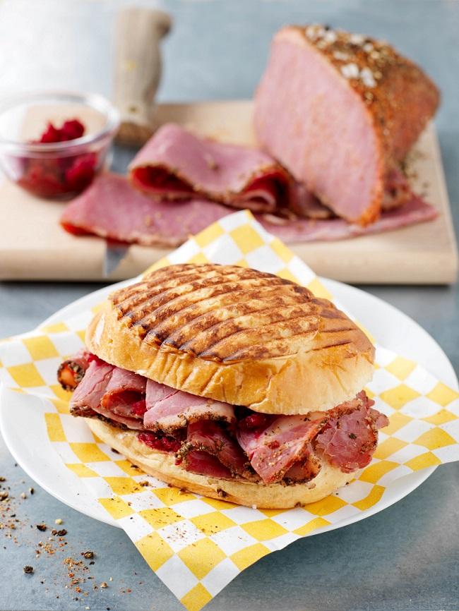 Sandwich de pastrami maison