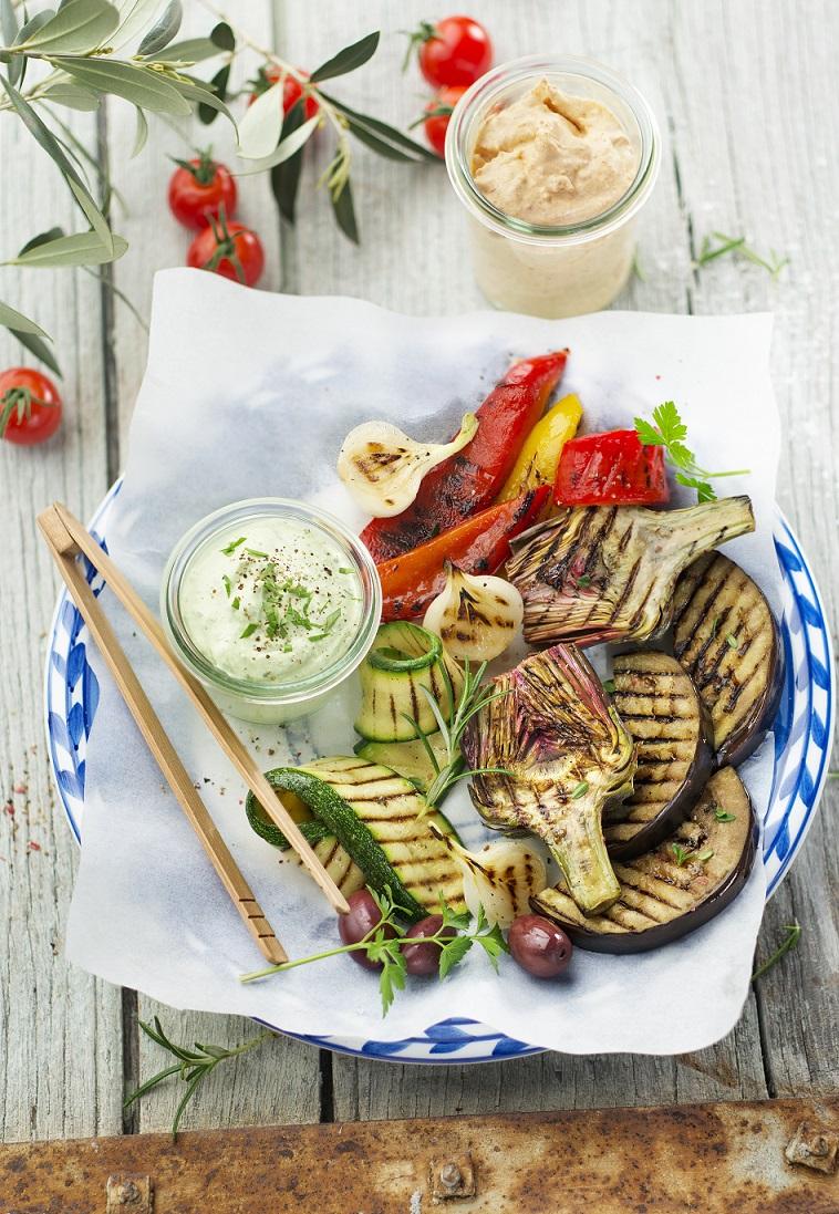 Légumes grillés crème ail et persil et chorizo