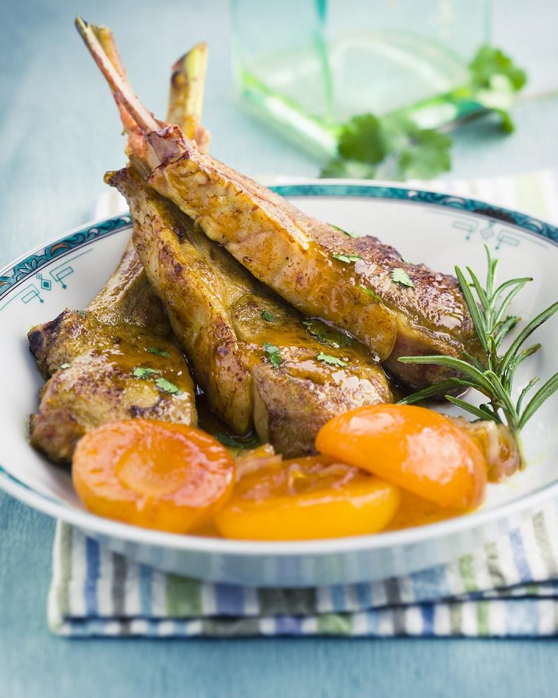cotes-dagneau-de-provence-aux-abricots