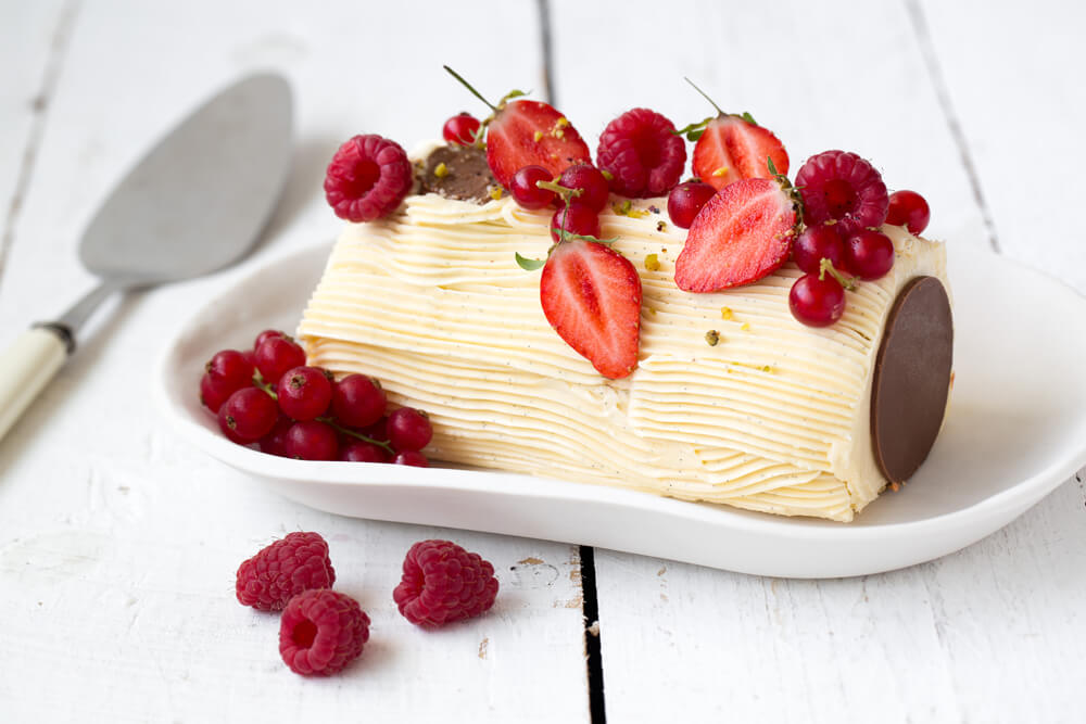 Bûche vanille et fruits rouges